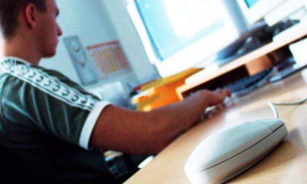 CFO contra Ensino à Distância na Odonto