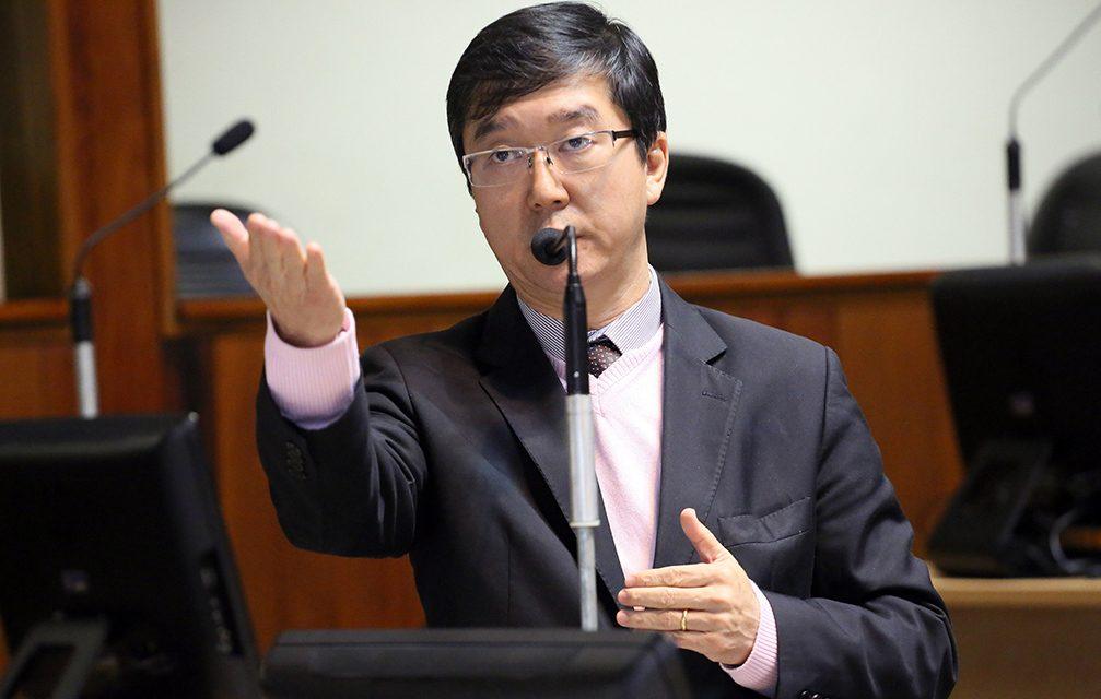 Miyake apresenta PL para saúde bucal em hospitais de Mogi