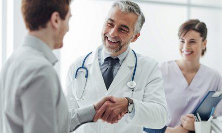 Por que o CD deve ser consultado antes de tratamentos médicos?