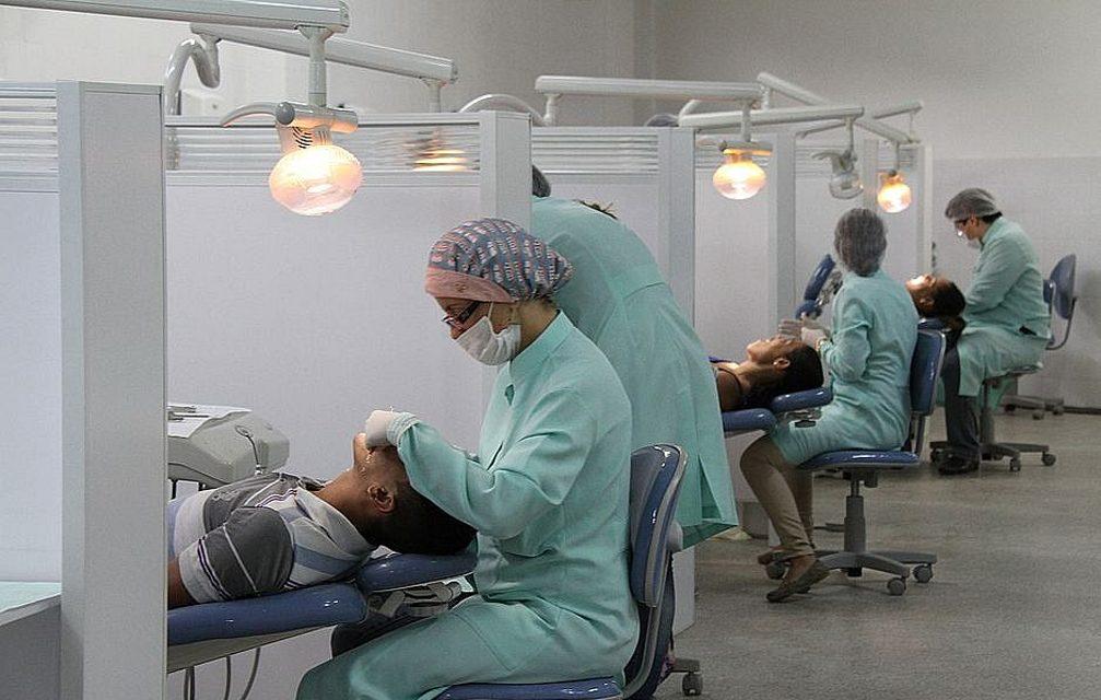 SUS  investe em atendimento dentário e beneficia 7 milhões