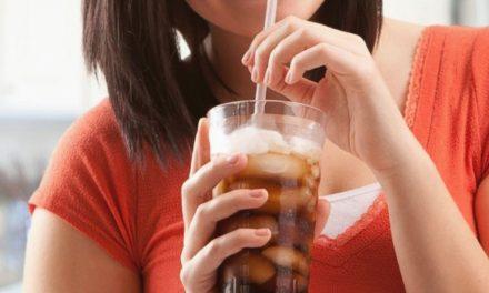 Pediatras alertam para o combate à ingestão de bebidas açucaradas