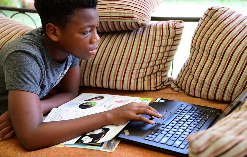 Novo isolamento social pode aumentar ansiedade em crianças, adolescentes e adultos